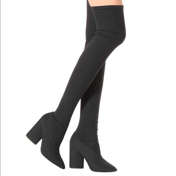 a2a57561617 Yeezy season 4 boots